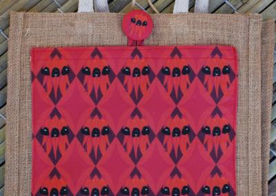 Jute tote: Sturt desert pea (red/black)