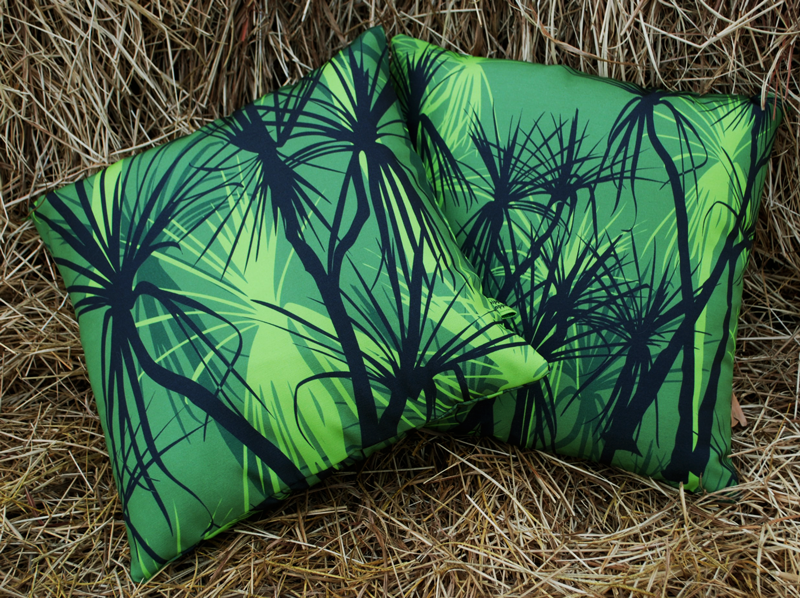 Cushions: Pandanus (first rain)