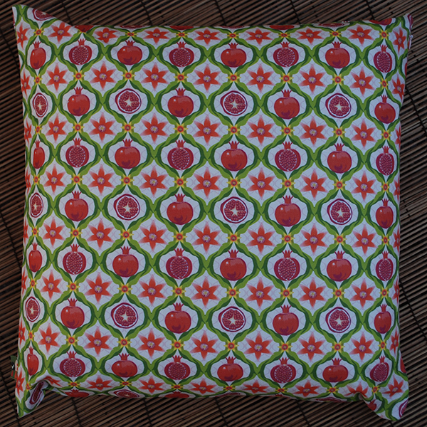 Cushion: Papa's pomegranates (pink)