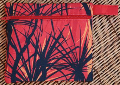 Zip pouch: pandanus fire