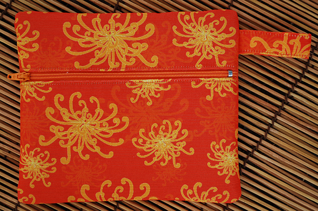 Zip pouch: umbrellievable flower (gold)
