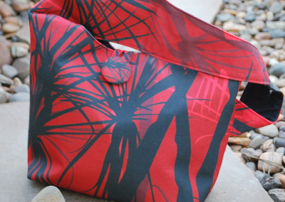 Shoulder bag: Pandanus sunset