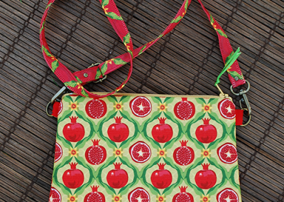 Mini zip tote: Papa's pomegranates