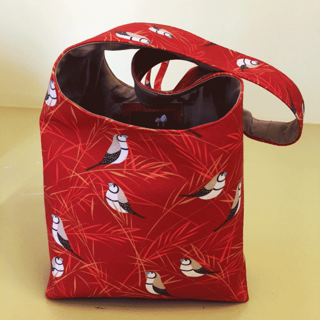 Shoulder bag: sway (red)